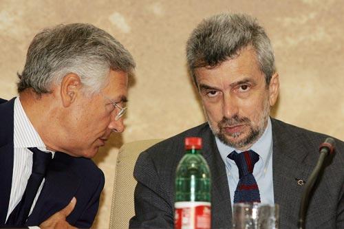 Da destra: Il Ministro del Lavoro Cesare Damiano ed il Presidente del Club dell'Economia Bruno Costi