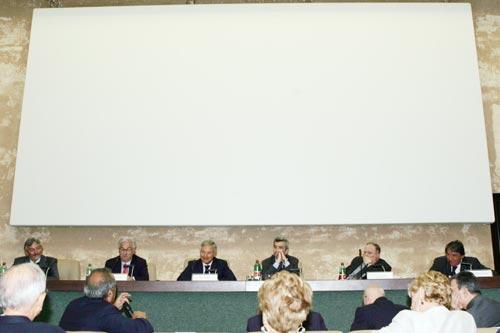 Da sinistra: Giovanni Salvi, Raffaele Bonanni, Bruno Costi, Cesare Damiano, Giuliano Cazzola, Innocenzo Cipolletta