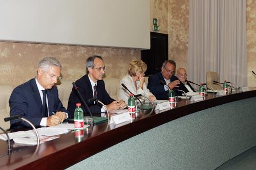 Da sinistra: Bruno Costi, Pietro Ichino, Carol Tarantelli, Luigi Abete, Livio Magnani