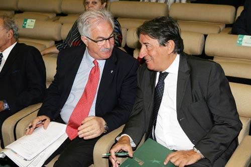 Da sinistra: Raffaele Bonanni, segretario generale della Cisl e Innocenzo Cipolletta, Presidente delle Ferrovie dello Stato