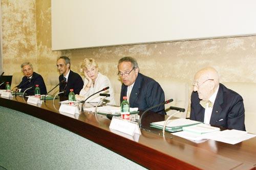 Da sinistra: Livio Magnani, Luigi Abete, Carol Tarantelli, Pietro Ichino, Bruno Costi