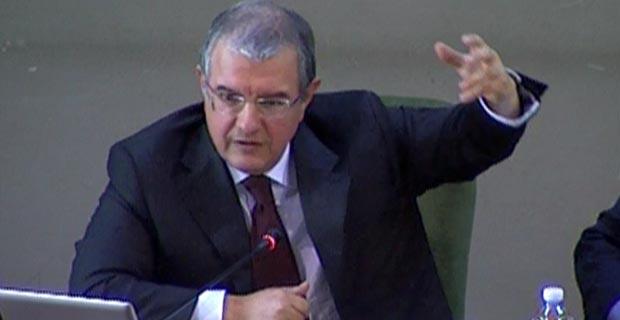 Massimo Mucchetti, Presidente della Commissione Industria del Senato