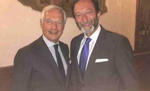 Viktor Elbling , Ambasciatore  della Germania, incontra il Club dell'Economia